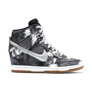 NIKE| Dunk Sky High Wedge Sneakers Grey and White